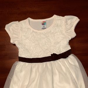 Beautiful Little Dress, Cream-Colored w/ Roses